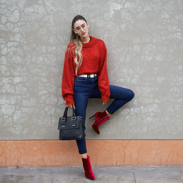 Lady in red winter 2018 fashion trends delilac (11)